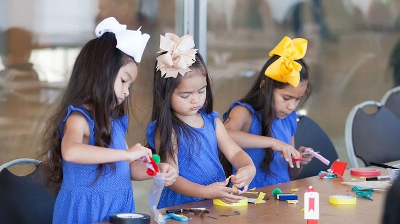 Take the Kids to Spring Break Art Extravaganza at the Kimbell Art Museum