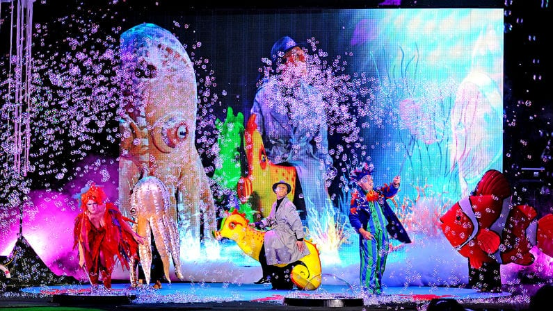 Experience the Magical Journey of B – The Underwater Bubble Show