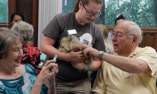 The Dallas Zoo is Helping Individuals with Dementia Reconnect with Nature