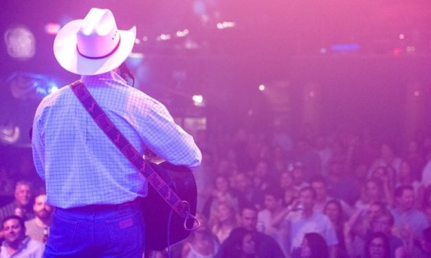 Score Half Off Tickets To See King George – George Strait Tribute